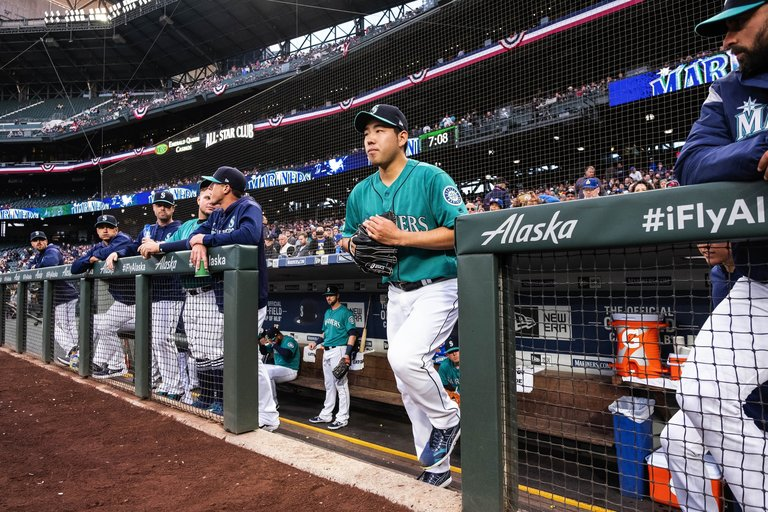 3-1: Mariners Parade Met With Rain, Which IsFine
